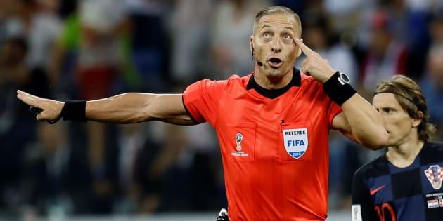 Faut-il s'inquiéter de la désignation de l'arbitre argentin Nestor Pitana pour Uruguay-France?