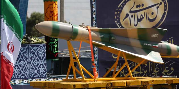 Un missile balistique présenté durant le défilé militaire du 22 septembre à Téhéran.