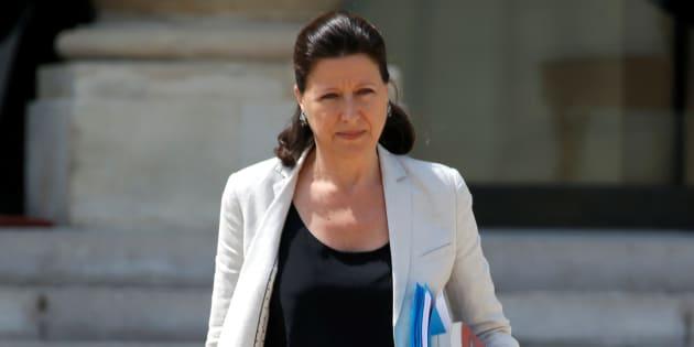 """Harcèlement: La ministre de la Santé dit avoir victime de """"comportements très déplacés"""""""