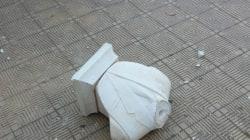 Staccati la testa e parte del busto della statua di Falcone a Palermo. Il premier Gentiloni: