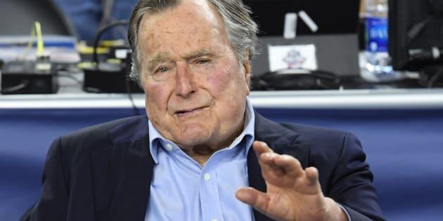 George Bush Senior, ancien président des États-Unis, à nouveau hospitalisé.