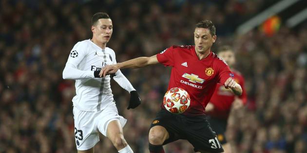 Duel entre Nemanja Matic et Julian Draxler lors du match Manchester United contre Paris Saint Germain.