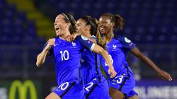Les Bleues qualifiées de justesse pour les quarts de finale de