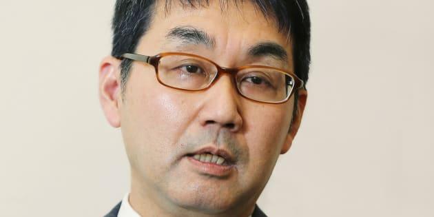 インタビューに答える河井克行首相補佐官=15日、東京・首相官邸撮影日:2016年01月15日