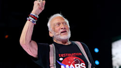 Buzz Aldrin évacué du pôle Sud pour raisons