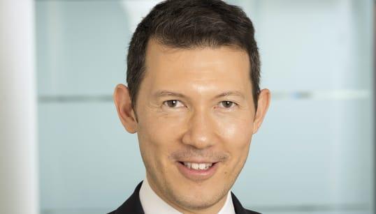 Le salaire du nouveau patron canadien d'Air France-KLM critiqué à droite et à