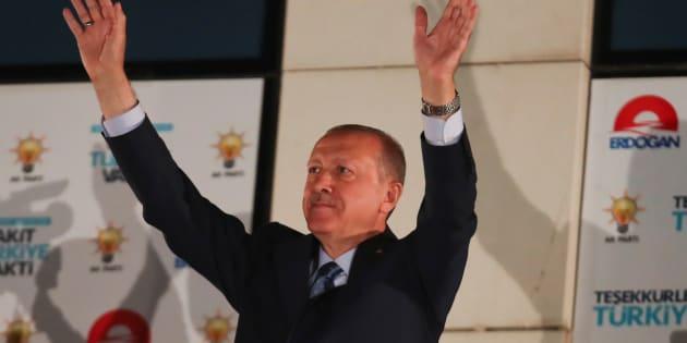 Erdogan gana las presidenciales de Turquía en primera vuelta