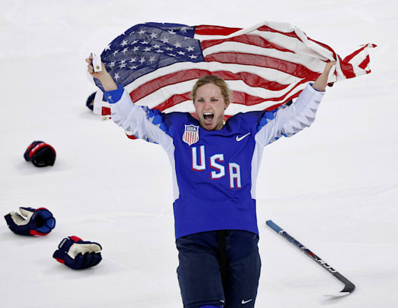US wins first gold in women's hockey since 1998