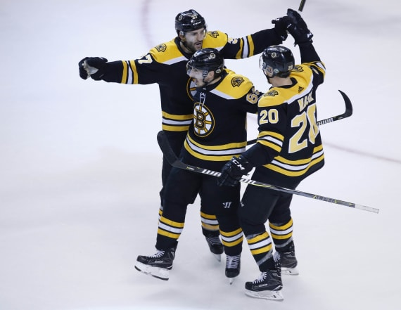 Bruins pull away in wild Game 7 over Maple Leafs