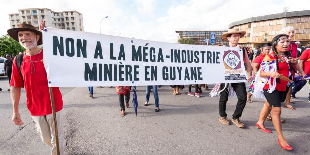 """""""La France a déjà été confrontée dans son histoire à l'utilisation industrielle du cyanure pour l'exploitation de l'or. Les habitants voisins de la mine de Salsigne dans l'Aude en payent encore le prix aujourd'hui."""""""