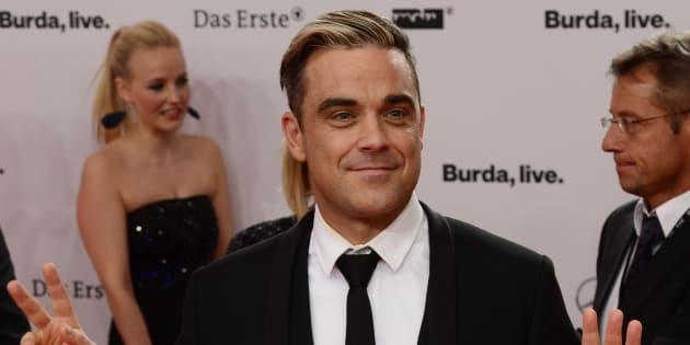 Robbie Williams a annoncé souffrir de l'arthrite.