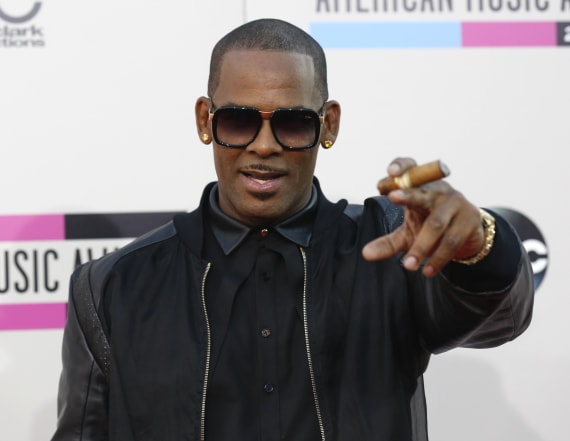 Woman admits sex with R. Kelly at 16