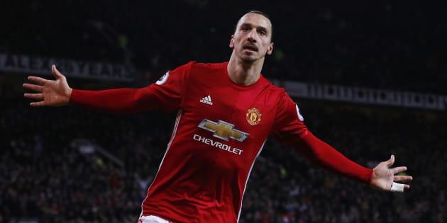Zlatan Ibrahimovic célèbre un but avec Manchester United face à Sunderland, le 26 décembre