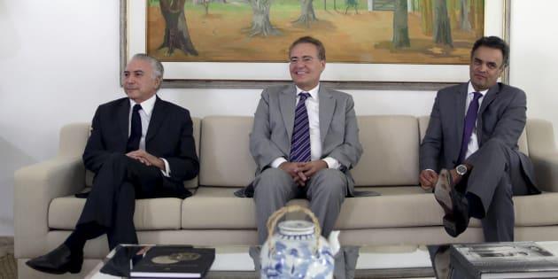 O presidente Michel Temer, o senador Renan Calheiros e o senador afastado Aécio Neves em Brasília.