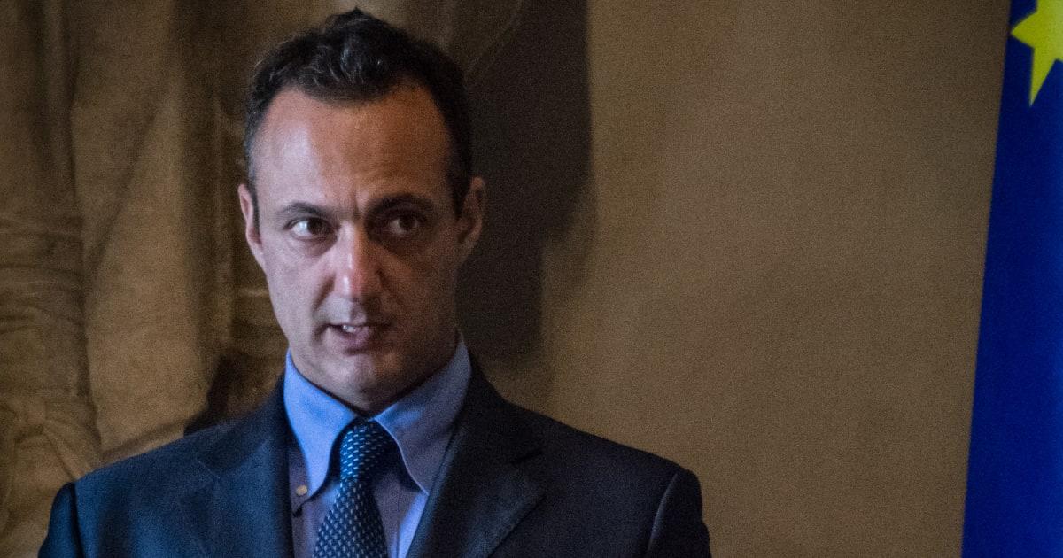 """Arresto De Vito, le reazioni del Pd: """"Siamo garantisti sempre"""", ma si chiede la testa di Virginia Raggi"""