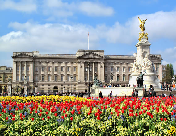10 fascinating facts about Buckingham Palace