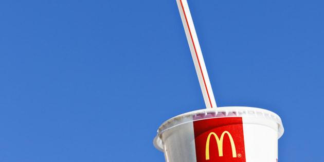 McDonald's veut supprimer les pailles en plastique de ses restaurants en Angleterre