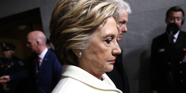 Si Hillary Clinton l'avait emporté et se comportait comme Donald Trump le fait actuellement, les républicains seraient les premiers à l'attaquer.