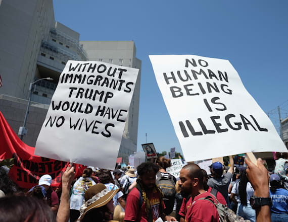 ACLU: Agencies setting 'trap' to deport immigrants