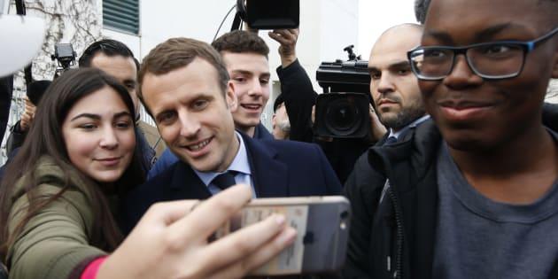 La discrimination positive d'Emmanuel Macron, un poison pour la République. REUTERS/Fabrizio Bensch