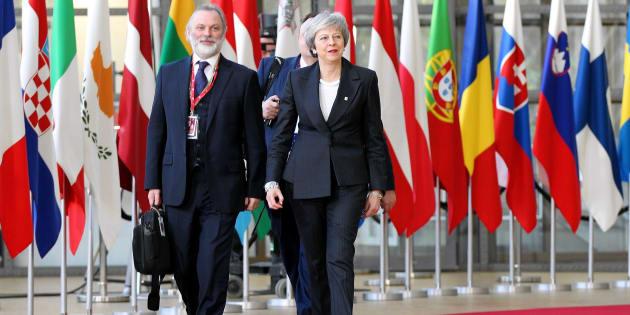 Theresa May arrivant au sommet à Bruxelles.