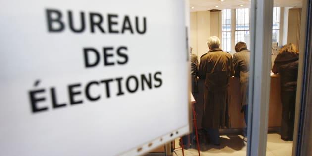 Avant une année 2017 exceptionnellement riche en élections, les bureaux des élections des mairies sont pris d'assaut.