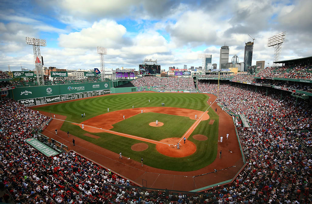 cbb4d7aa24c Former Yankees pitcher says Fenway Park and Wrigley Field both 'suck ...
