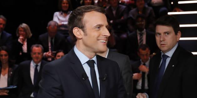 Pourquoi Emmanuel Macron a marqué des points pendant le débat. REUTERS/Patrick Kovarik/Pool