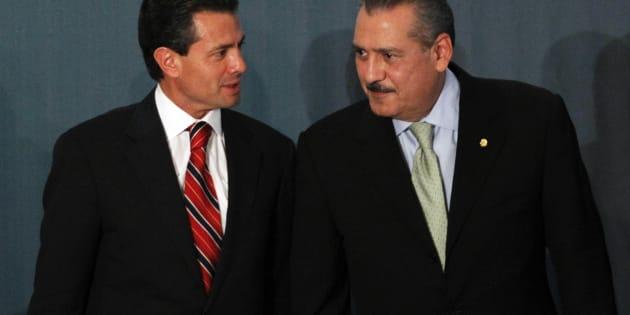 El presidente Enrique Peña Nieto y el exdirigente nacional del PRI, Manlio Fabio Beltrones, cuyo estado Sonora, considerado bastión del partido, también fue perdido.