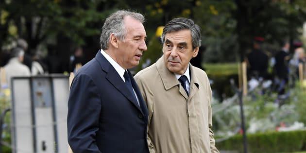 François Bayrou cherche la parade après la victoire de François Fillon à la primaire de la droite.