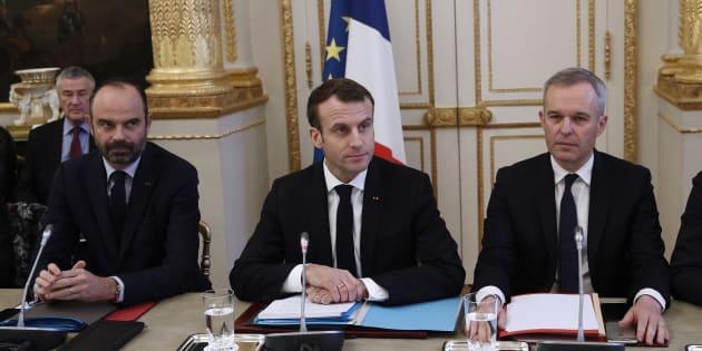 Le conseil des ministres valide ce mercredi la loi gilets jaunes promise par Emmanuel Macron.