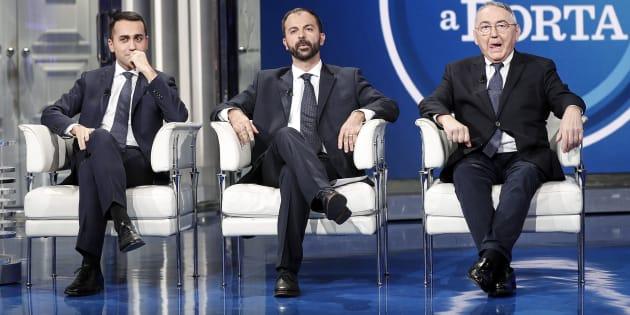 Luigi Di Maio, Lorenzo Fioramonti ed Emilio Carelli durante la trasmissione televisiva Porta a Porta del 23 gennaio 2018