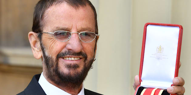 Sir Ringo Starr fait chevalier par le prince William