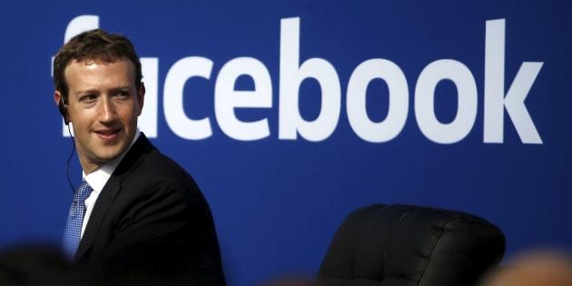Mark Zuckerberg, PDG de Facebook, a rejeté les critiques, avant de finalement prendre plusieurs engagements.