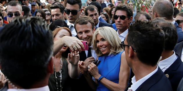 Avec sa lourde chute dans les sondages, Macron paye-t-il le prix du marketing politique?