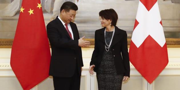 """Corée du Nord: La présidente suisse propose son aide """"car, bon, Twitter n'est pas vraiment adéquat"""""""