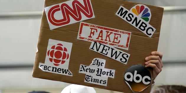 Fake news, journalistes et universitaires.