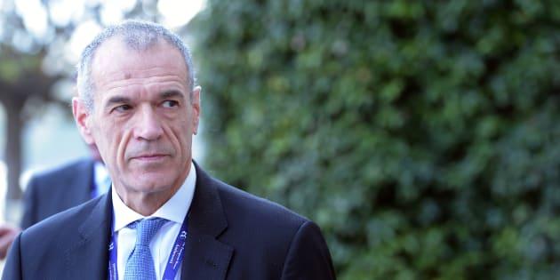 """M5S contro Cottarelli: """"Fa terrorismo sulle coperture&q"""