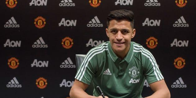 Alexis Sanchez signe enfin à Manchester United, Henrik Mkhitaryan à Arsenal.