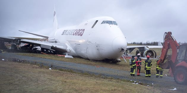 747 cargo jet goes off runway at Halifax airport