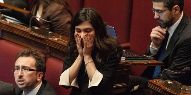"""""""I soldi dei rimborsi li ha presi il mio ex, ha sottratto 20mila euro"""". E Giulia Sarti va in questura a denunciarlo"""