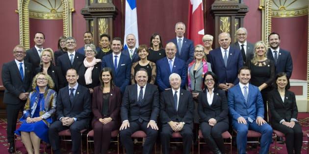 François Legault a présenté un Conseil des ministres composé de nombreux nouveaux visages, jeudi.
