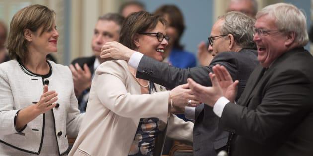 Malgré la surprise du vote du PQ, Lucie Charlebois était visiblement heureuse que le projet de loi soit enfin adopté.