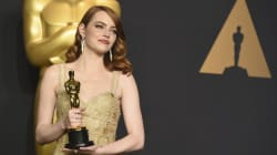Emma Stone se tiñe de rubio y dice adiós al