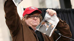 Michael Moore annuncia documentario esplosivo contro Trump.