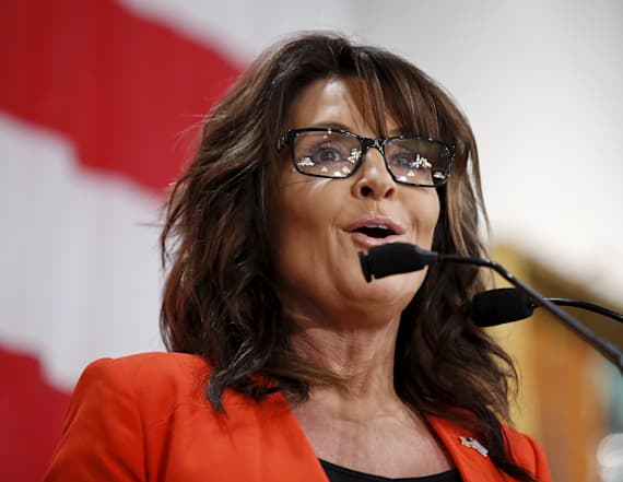 Palin offers reason predators 'don't mess with me'