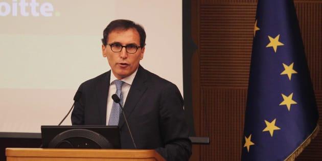 """Francesco Boccia: """"Il servizio postale universale va cambiato, stop al monopolio di Amazon"""""""