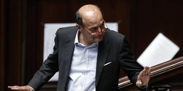 Pierluigi Bersani durante la discussione alla Camera dei Deputati sulla proposta di legge Richetti sui vitalizi, 26 luglio 2017, Roma. ANSA/RICCARDO ANTIMIANI