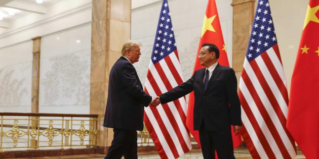 Donald Trump e Li Keqiang, premiê da China, se reuniram em Beijing em novembro passado.