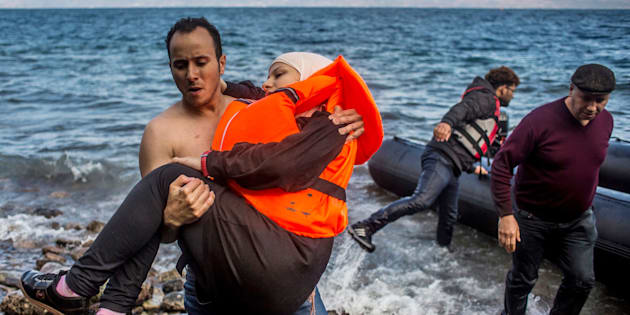 Pregnant refugee and immigrant women face increased health risks.Every day, some 500 women die in pregnancy or childbirth in humanitarian settings.